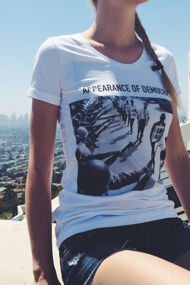 Being ABIDELESS at Griffith Observatory, beautiful DEMOCRACY short cut available at our online store with worldwide shipping #IamABIDELESS #LosAngels #LA #worldwide #brand #streetwear #power #opnion #tshirt #clothes #dope #style