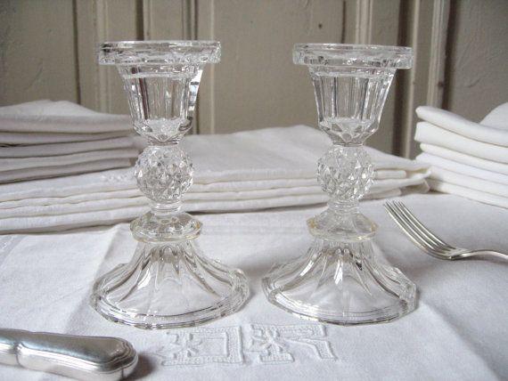 2 bougeoirs en verre pressé / Façon cristal / par LMsoVintage