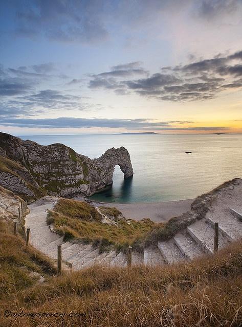 Durdle Door, Dorset England. Discover Purbeck