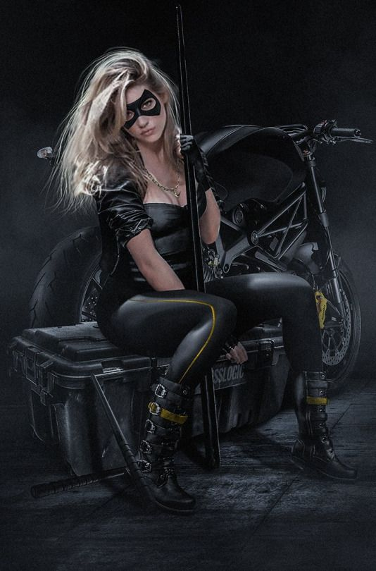 Bosslogic Many requested it so here is a quick @KatherynWinnick Black Canary #SuitUp