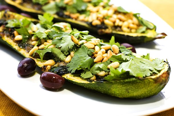 Fylld zucchini | Recept från Köket.se
