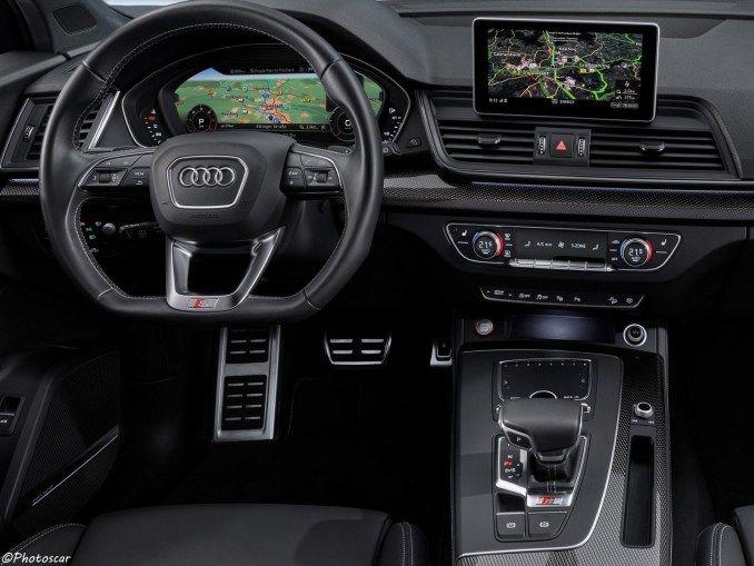 Audi Sq5 2020 Tdi Elle Possede Un Puissant Moteur V6 Sous Le Capot Audi Audi Sq5 Moteur Diesel