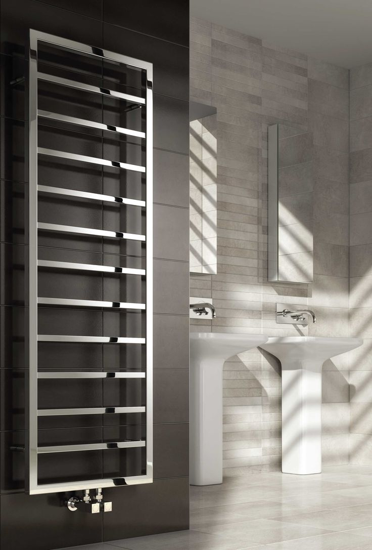 Reina Egna Stainless Steel designer heated towel rail. The Illusions collection of Stainless steel radiators from Reina offer the very latest in hand-made modular radiator construction, the most sophisticated finishing and fresh & innovative designs. Available in Polished stainless steel. Complete with a 25 year guarantee. Prices from £307.16!