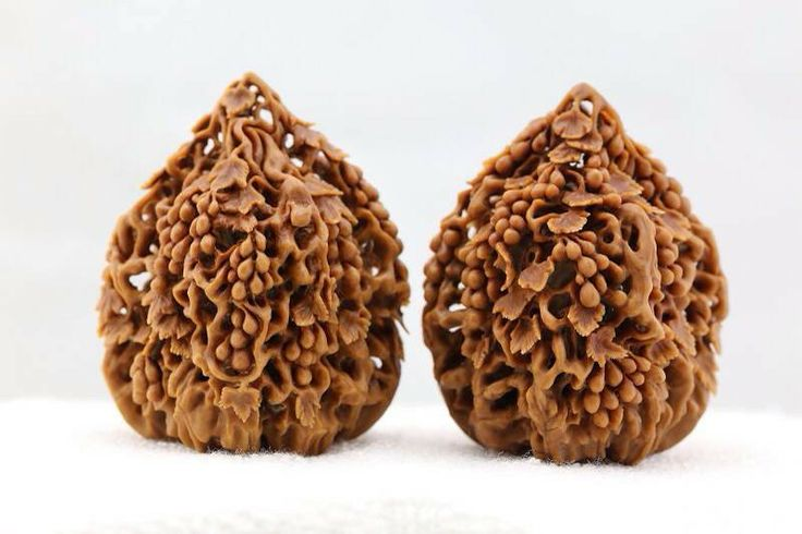Nut carve - many love many money