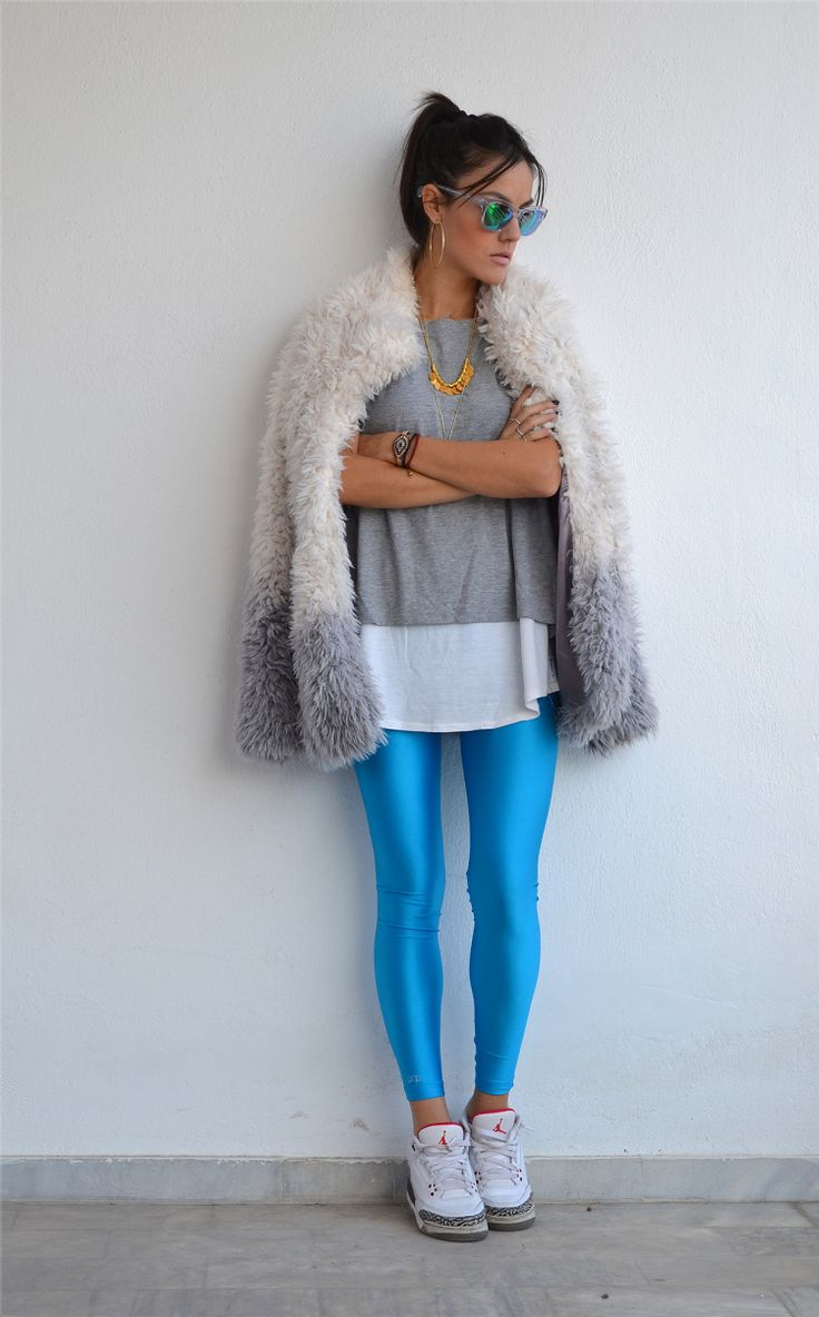 Nansy with the cyan PCP leggings // #pcpclothing #pcpleggings #pcpinia