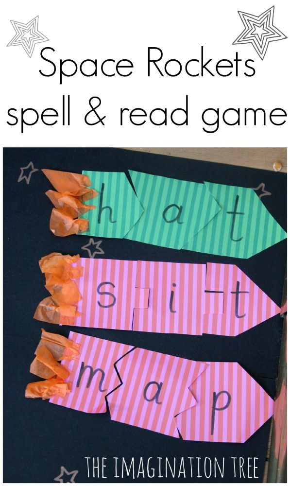 Space Rockets read and spell literacy game for kids