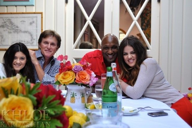 Khloe Kardashian: Mother's Day Dinner at The Ivy at the Shore