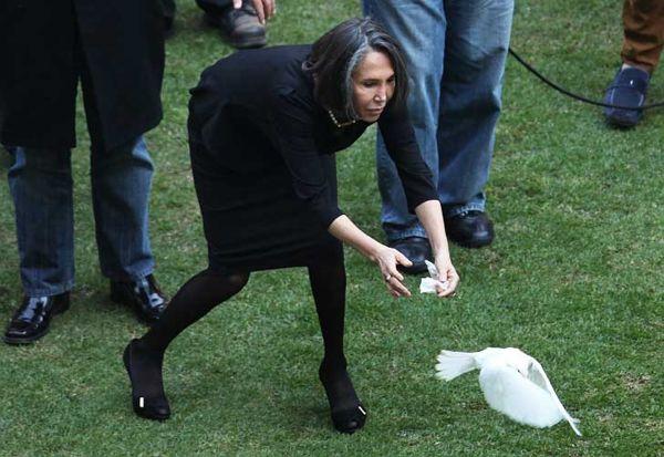 La furia de Doña Florinda en la despedida de Chespirito - Yahoo Celebridades Argentina