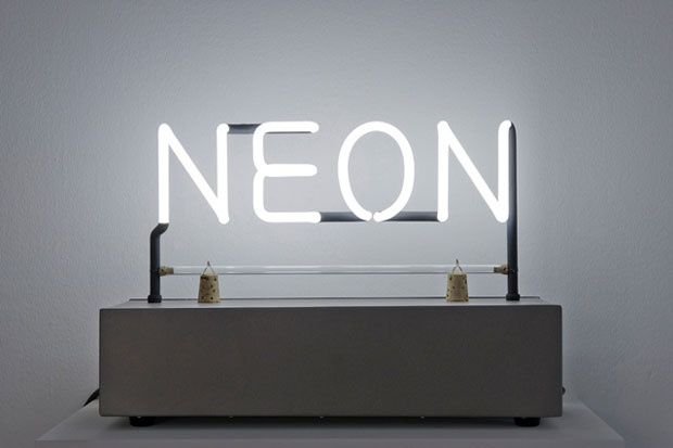 Joseph Kosuth (1945): Neon, (1965). Courtesy Joseph Kosuth, Galleria Lia Rumma, Milano / Napoli. Foto Marc Domage