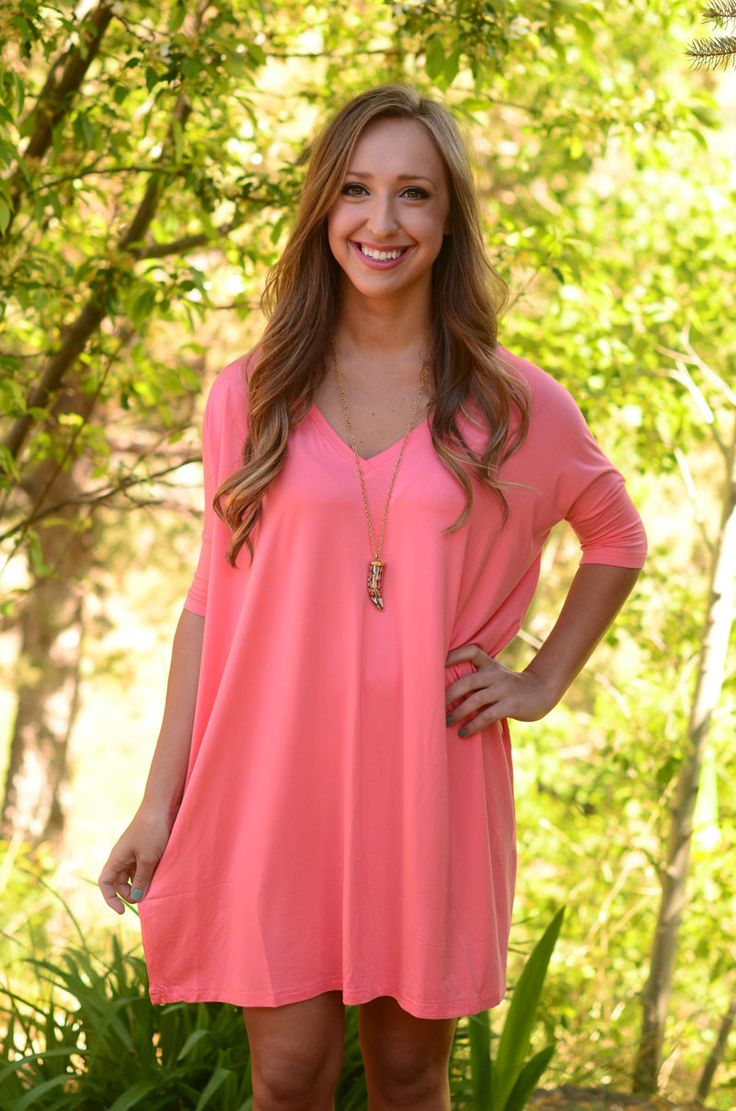 This tunic/dress is your basic go-to for the season! It's super soft and loose…
