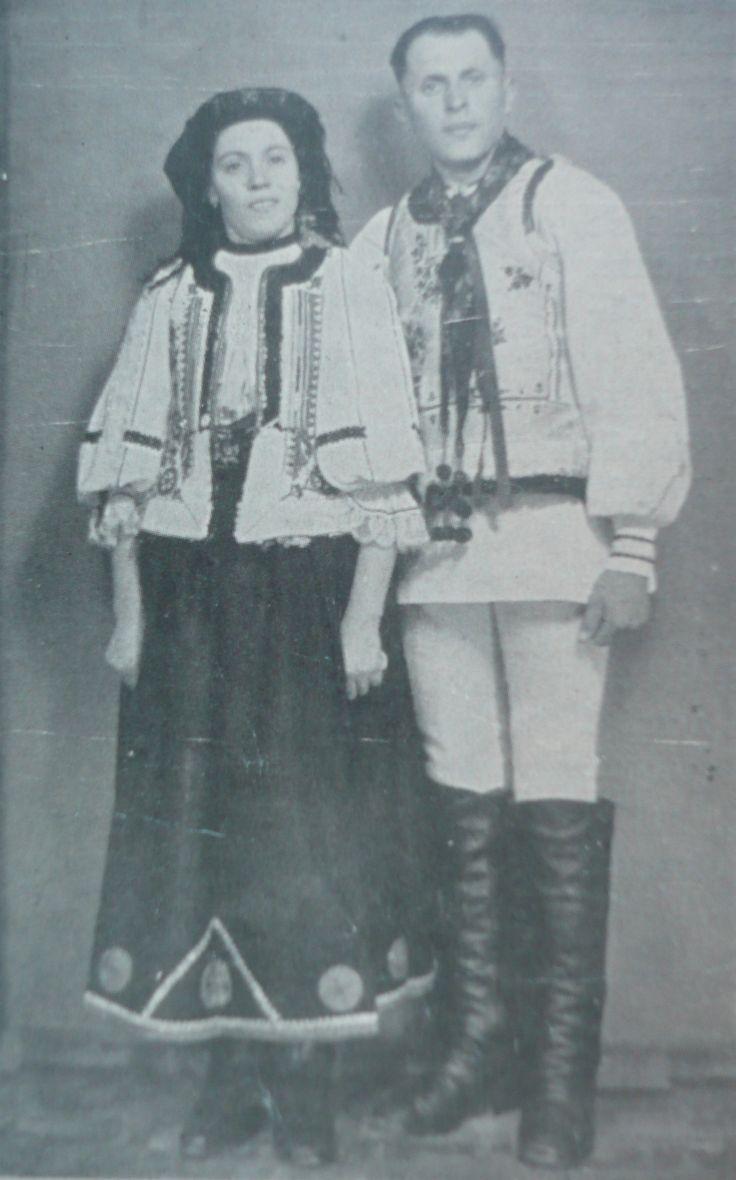 Palos , BRASOV area,romanian dress