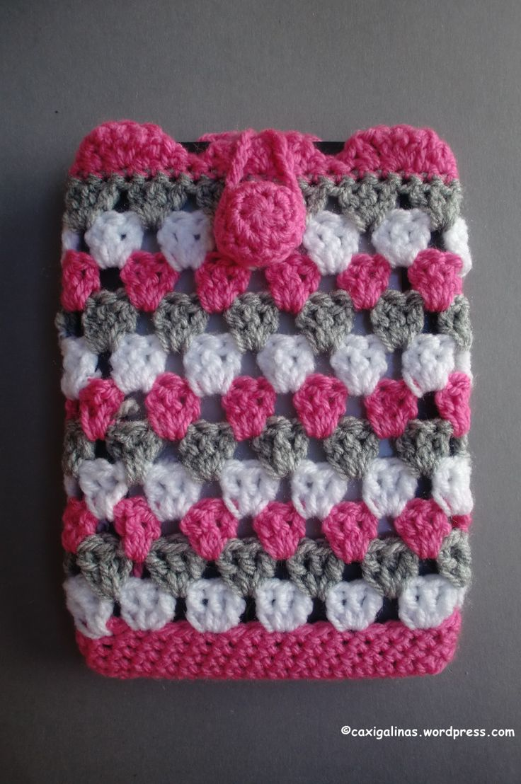 Cover for e-book, smartphone or what you want   Difficulty Easy.   Materials -Crochet hook size: 5 mm (H). -Worsted weight yarn. -Tapestry needle. -Scis…