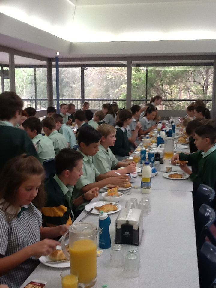 Sydney Excursion- Impressive table manners at Namaroo.