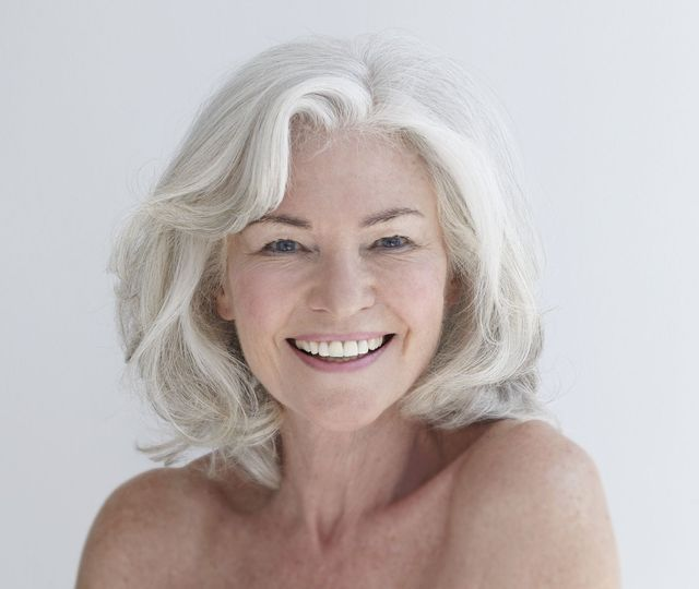 20 Gorgeous Medium-Length Haircuts for Women Over 50: Why It's Trendy to Embrace the Grays