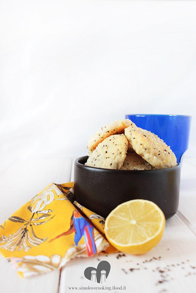 biscotti cocco limone e semi di chia - coconut, lemon and chia seeds cookies (no butter, no eggs)