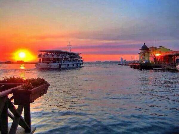 İzmir karsiyaka dan iyi geceler