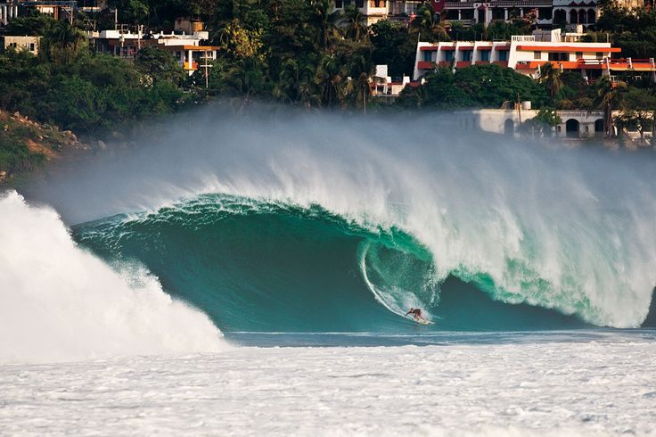 Ian Walsh @ Puerto Escondido #surf photo of the year by Surfer Mag