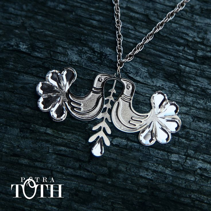 Necklace by Petra Toth Jewellery