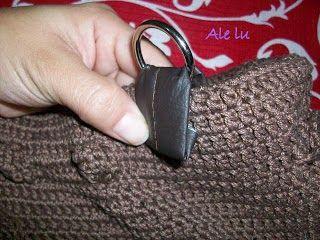 como colocar alça em bolsa de crochê                                                                                                                                                     Mais
