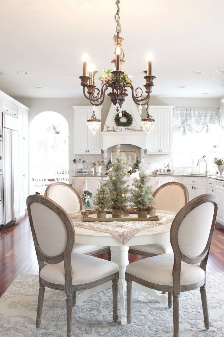Christmas Home Tour 2017, French Country neutral Christmas decor in the kitchen