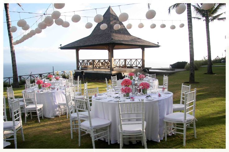 wedding in one of private villas in Bali.....be my guest!