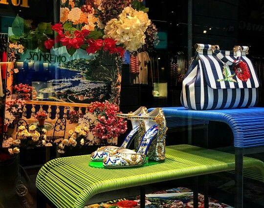 @anitapezzotta1 Falling in love with ITALIA IS LOVE  Mood ❤❤❤❤❤❤ I   T  I   T  I   T  I   T #ITALIAISLOVE #italy #italia #italianstyle #italiansdoitbetter #madeinitaly #orgoglioitaliano #mood #cool #DolceGabbana #domenicodolce #stefanogabbana #art #culture #history #heritage #inspiration #fashion #glamour #luxury #style #springsummer2016 #sanremo #portofino #taormina #venezia #roma #palermo #milano #viadellaspiga