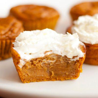 Impossible Pumpkin Pie Cupcakes #cupcakes #pumpkin #pie