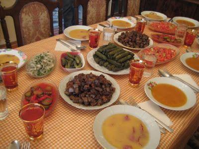 Kaşe Çorbası/Tarhana Çorbası - Zeytinyağlı Yaprak Sarma - Su Böreği - Arnavut Ciğeri - Tas Kebabı - Turşu - Baklava - Kızılcık Hoşafı