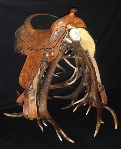 Rockin B Antler Designs - Saddle Rack