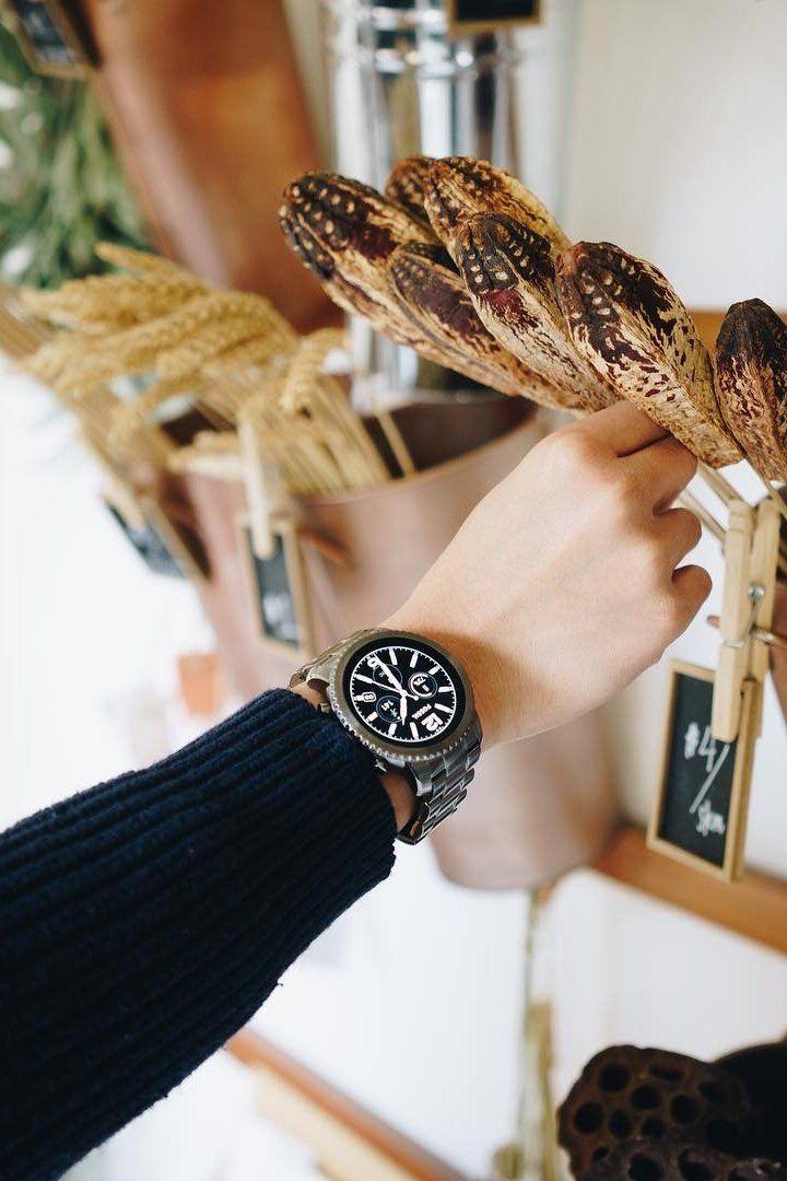 Gen 3 Smartwatch Explorist Smoke Stainless Steel Smart Watch Mesh Strap Watch Track Your Steps