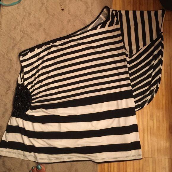 Black and white shirt (1) Black and white shirt too cute Lane Bryant Tops