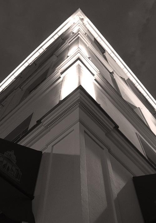 New Hotel Panthéon