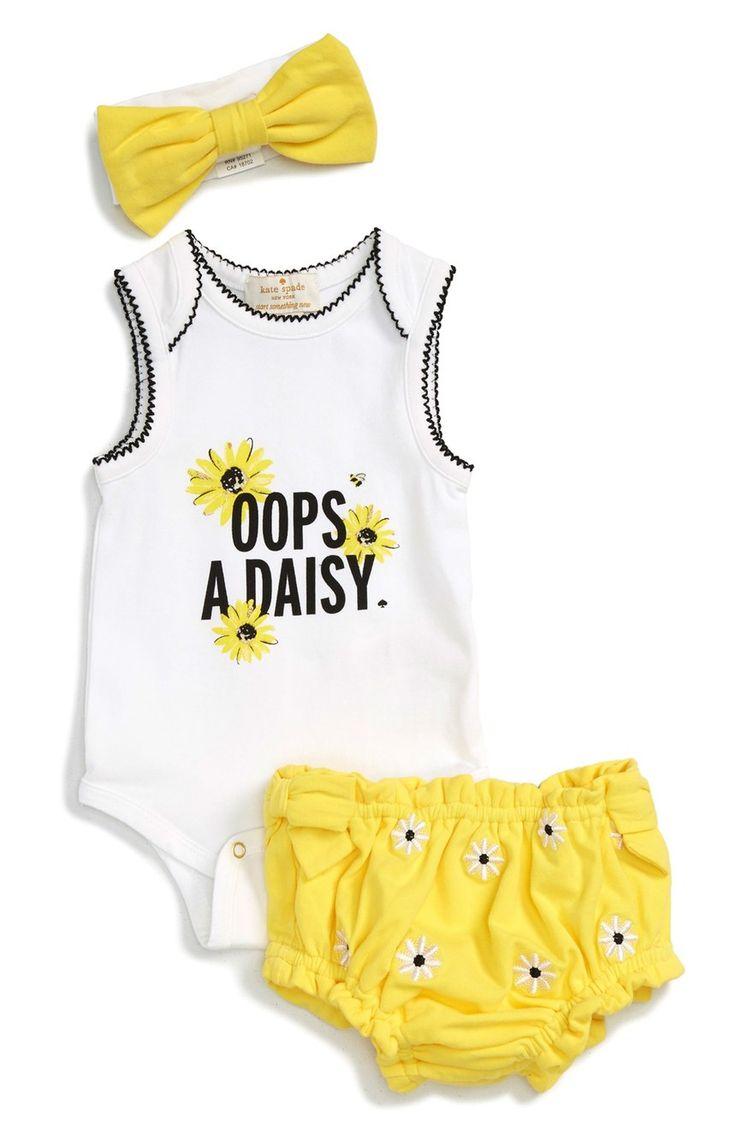 Looking as fresh as a daisy in this darling coordinated outfit by Kate Spade.
