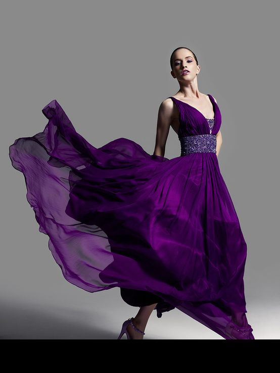 This is the color purple that I'm so in love with... This is the color dress I want for the next Marine Ball!