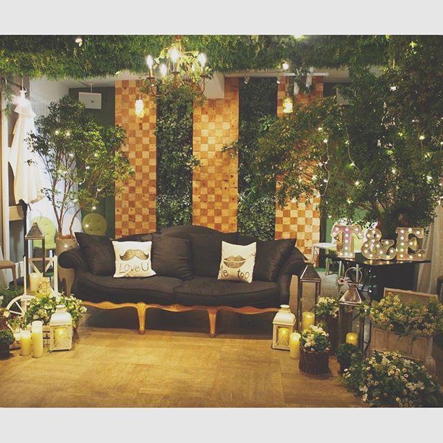 イマドキの 「高砂席」 を詳しく知りたい!→ インスタ花嫁さんに学ぶ《高砂ソファ》*16選 | ZQN♡