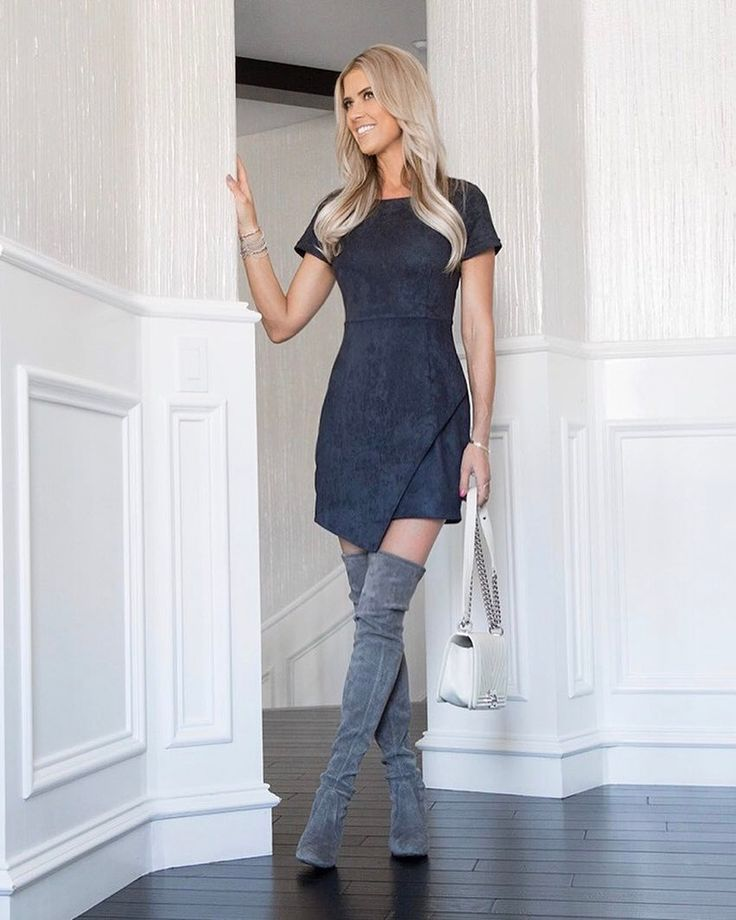 "27.5k Likes, 315 Comments - Christina El Moussa (@christinaelmoussa) on Instagram: ""Current dress obsession and that wallpaper!  http://liketk.it/2rku1 #liketkit @liketoknow.it"""