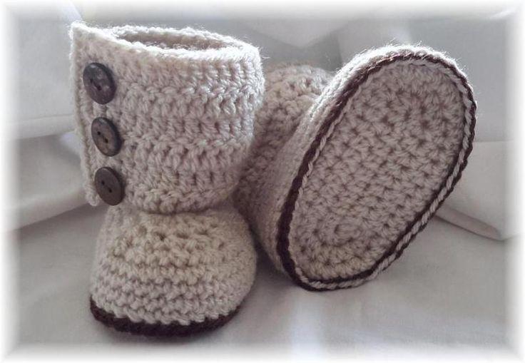 Gehaakte Baby Laarsjes van Titfer Designs op DaWanda.com