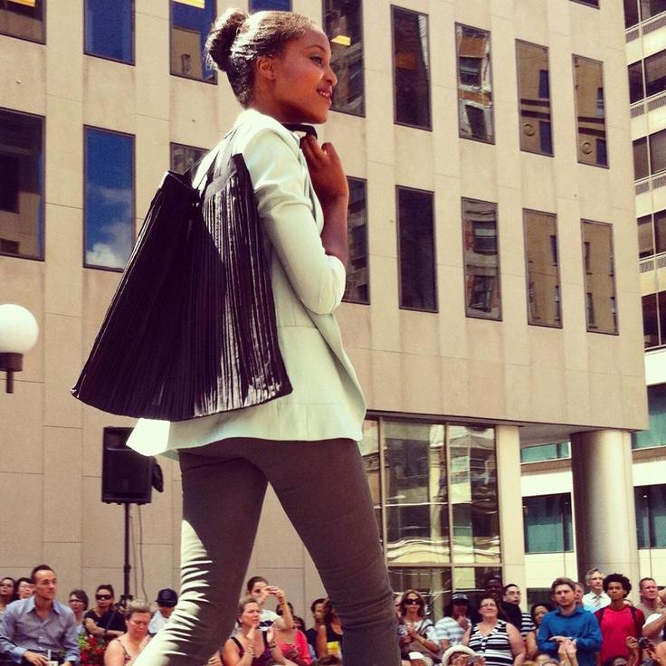 Place Ville Marie, 50 ans d'inspiration mode | Sac exclusif Marie Saint Pierre | Festival Mode & Design 2012 #modeMtl