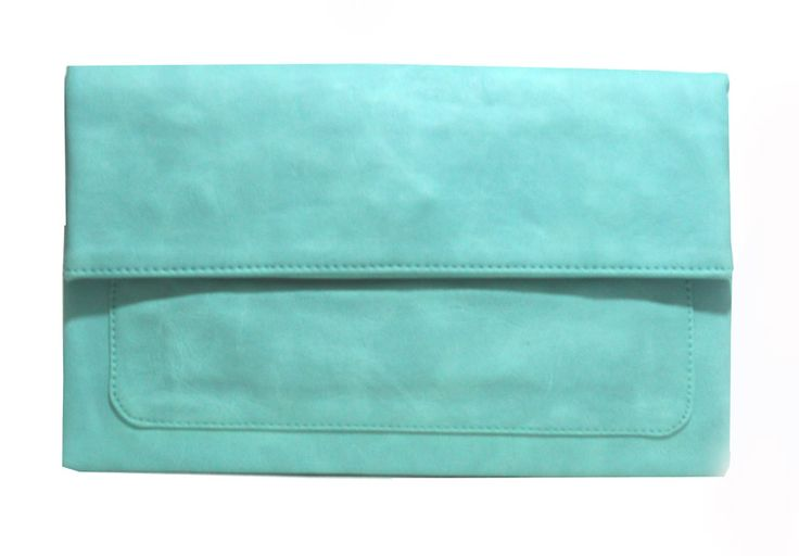 Freesia clutch bag #clutchbag #taspesta #handbag #clutchpesta #fauxleather #kulit #folded #dove #simple #casual #turqouise Kindly visit our website : www.zorrashop.com