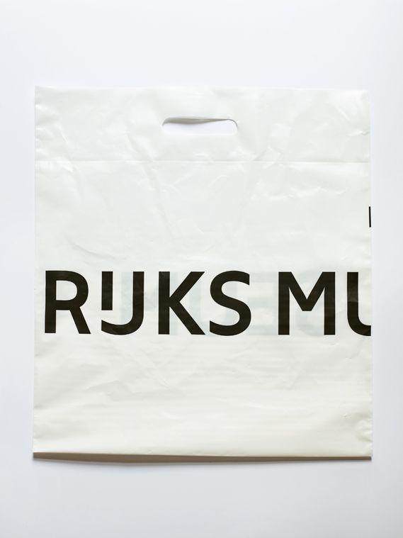 Rijksmuseum identity. plastic zak