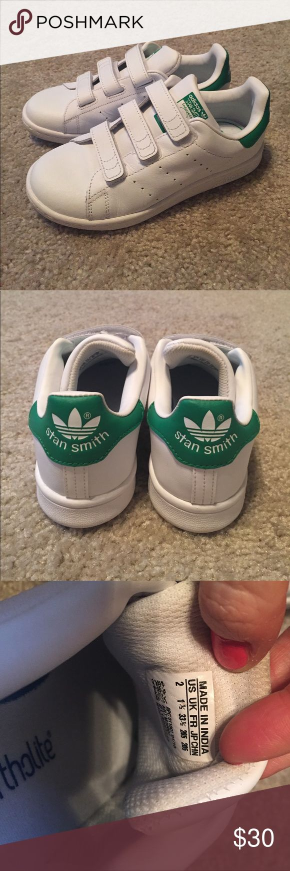 Velcro Adidas Stan Smiths Velcro Adidas Stan Smiths; Green; US big kids size 2 (fits like a small 5); Worn only 2-3 times (there is a little dust inside the tongue as shown but no wear at all on the insoles) adidas Shoes Sneakers