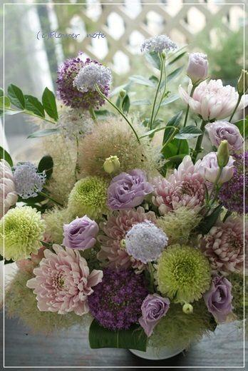 【今日の贈花】おばあちゃまの好きなお色で&お盆のお花|Flower note の 花日記