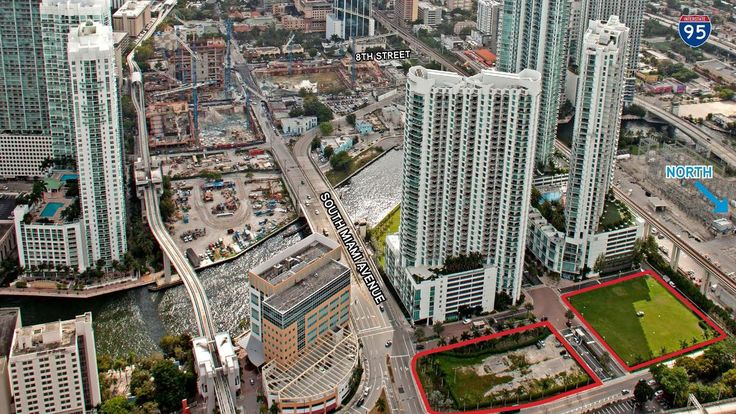 Rafael Viñoly is the architectdesigning theultra-luxury 60-story condo tower in downtown Miami that was revealed last week.  The tower is being built byKAR Properties as part of Miami River Village, a three-towerproject planned next to the …