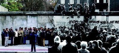 Wachsen:  Der Mauerfall, Deutschland und Europa - Vitamin D für | for High Schools - Foto © Goethe-Institut San Francisco