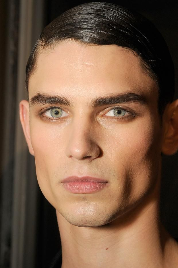 Male model facial structure