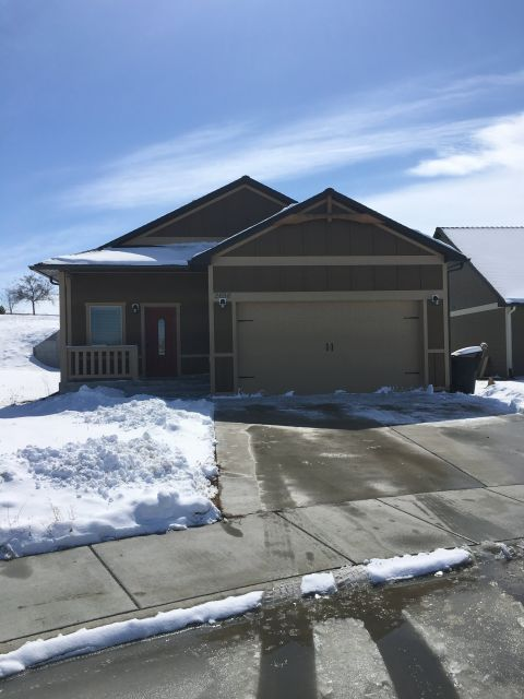 Billings Montana House For Rent At 2656 Meadow Creek Loop Billings Mt 59105 Renting A House Billings Montana House