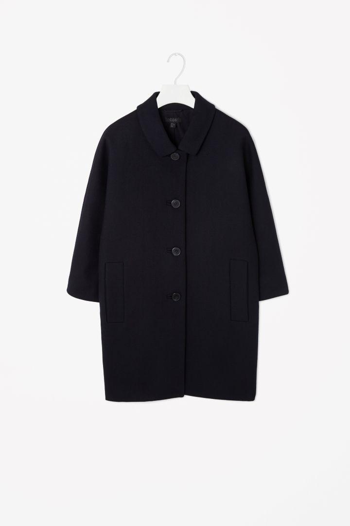 COS | Curved shoulder coat