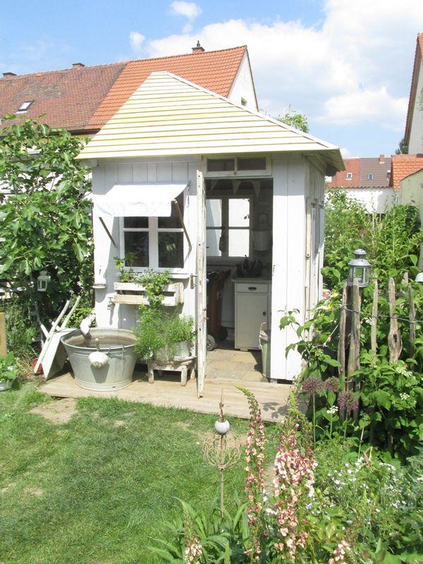 Gartenhaus taubenblau  Die besten 20+ Gartenhaus grau Ideen auf Pinterest | Graue gärten ...