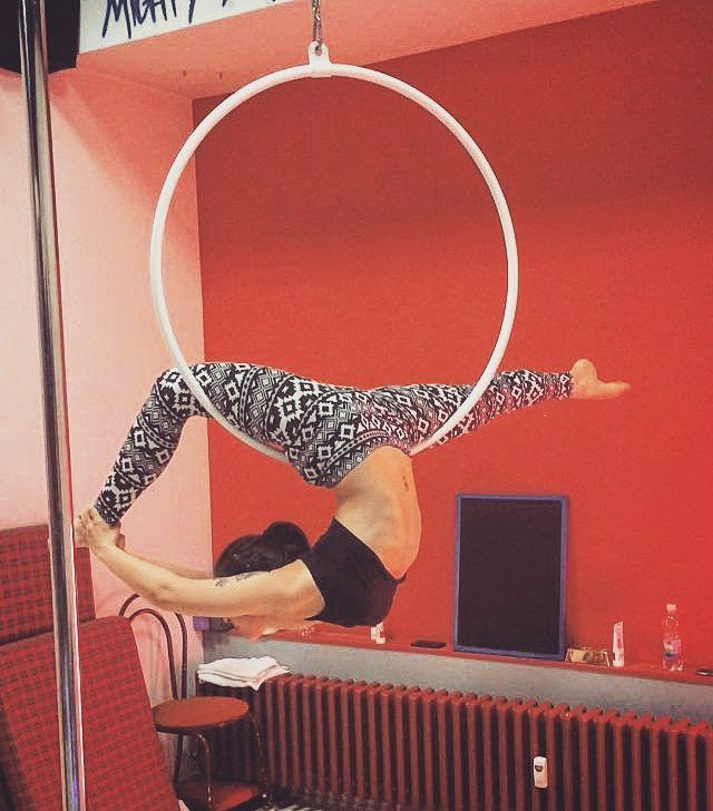 First try of rainbow marchenko on hoop... It will happen soon! . #poledance…