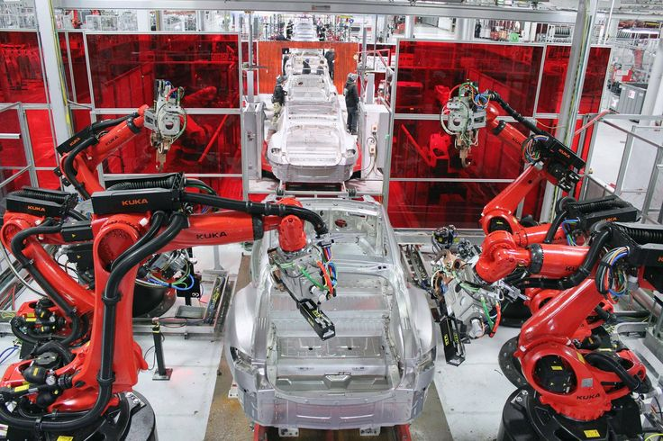Analysts are returning from the Tesla factory with the same conclusion: Tesla is getting ready to make a big leap.